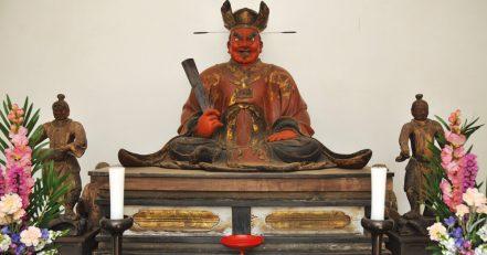 木造閻魔王座像